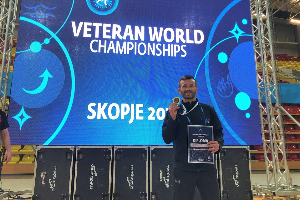 Vio Etko, Veteran Wrestling World Champion